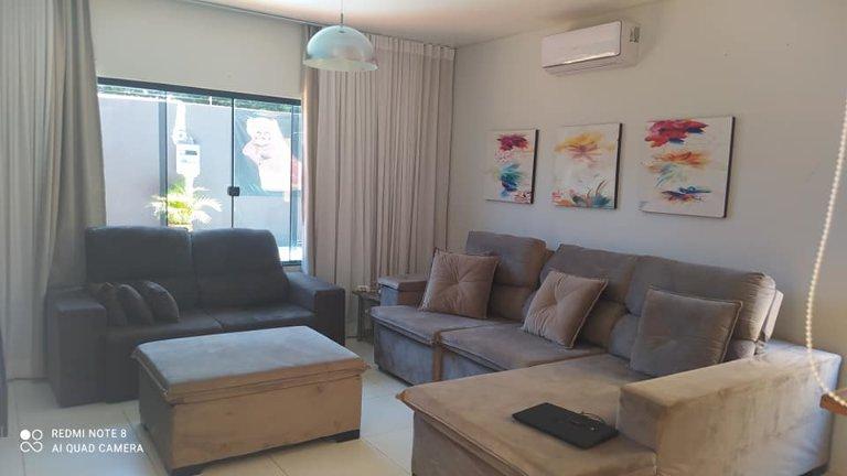 Casa localizada no Centro da cidade - Classificados - Região News