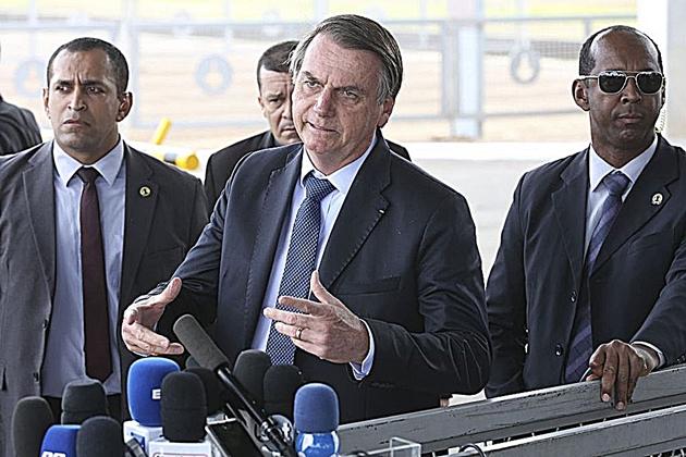 Bolsonaro sanciona Lei do Abuso de Autoridade com vetos a 36 dos 108 dispositivos do texto