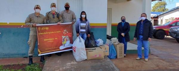 Agasalhos arrecadados pelos Bombeiros são entregues para a Assistência Social em Sidrolândia