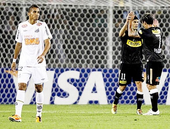 Santos cai diante do Colo Colo e se complica na Taça Libertadores