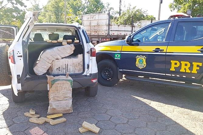 PRF apreende 300 kg de maconha que era transportada em veículo roubado