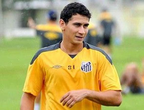Ainda com cautela, Martelotte pensa em usar Ganso contra o Botafogo-SP