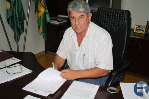 Daltro participou de ato de cessão de máquinas a municípios