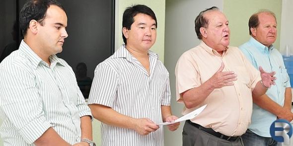 Ivan Louzada empossa membros do novo diretório do PTB em Sidrolândia
