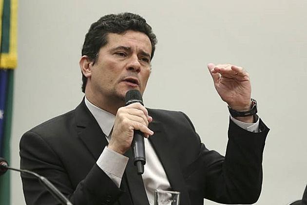 PF investigará incêndios criminosos na Amazônia, diz Moro