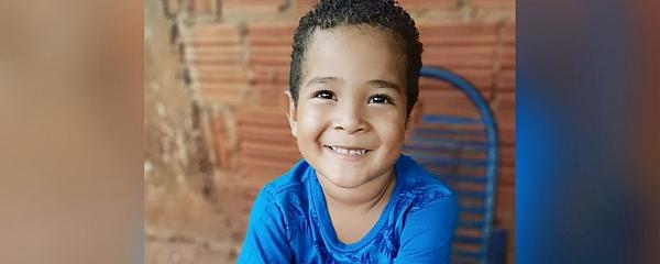 Aos 4 anos, menino de Sidrolândia, se destaca e também assina com Agência