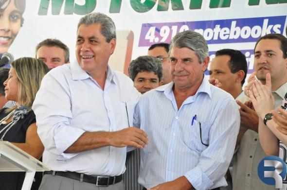 André e Daltro Fiuza entregam casas populares amanhã em Sidrolândia