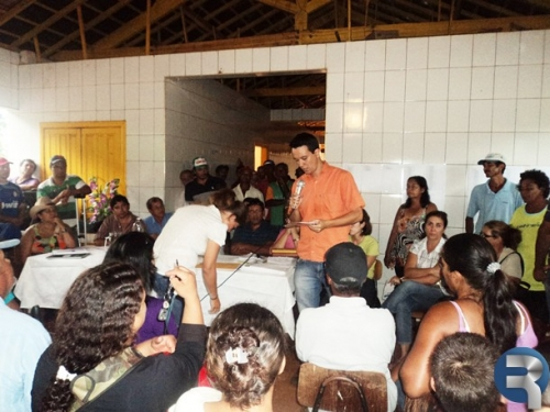 Assentados ensaiam marcha à Brasília e INCRA promete moradias