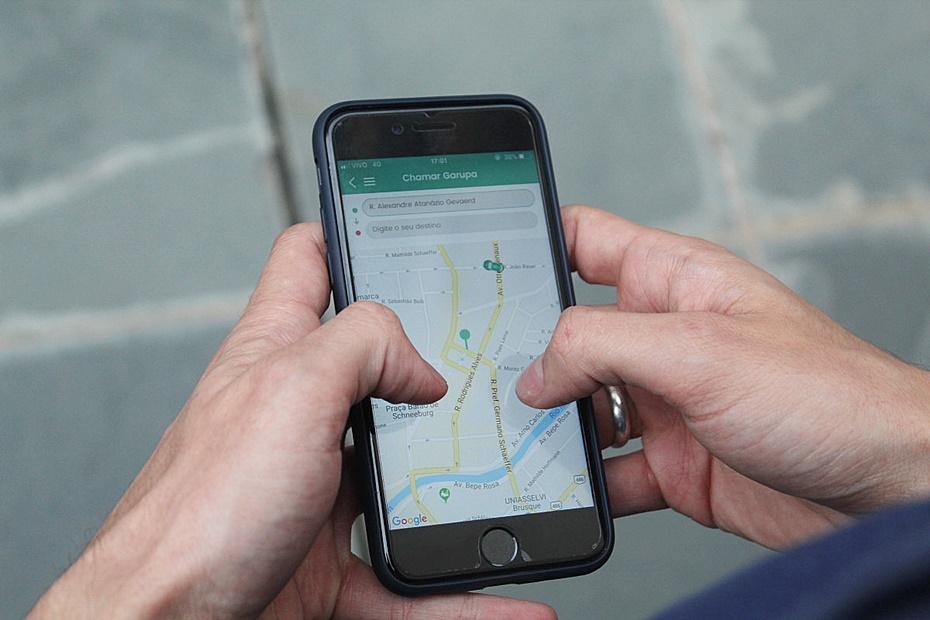 Prefeitura promete iniciar nesta segunda-feira notificação e pode apreender veículos de aplicativos sem alvará