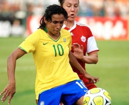 Marta se tornar penta como melhor jogadora do mundo hoje
