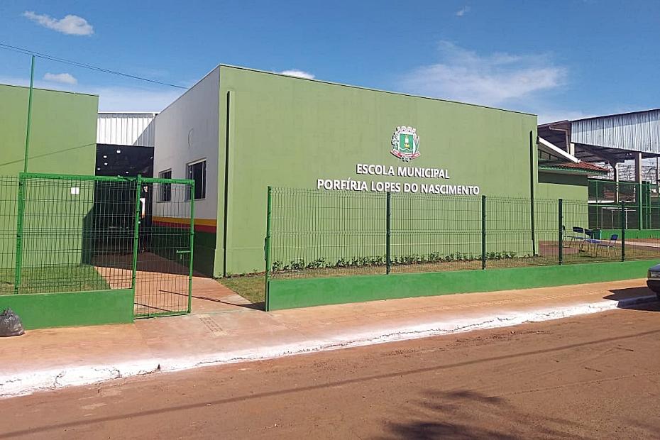 Ano letivo começa na rede municipal com entrega da reforma do Porfiria do Nascimento