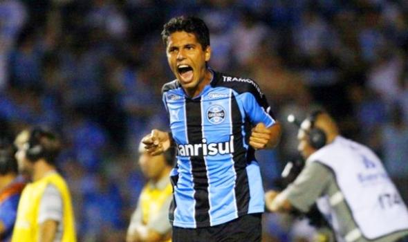 Grêmio aceita liberar Willian Magrão para o Corinthians