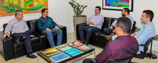Prefeito Marcelo Ascoli pede apoio ao Governo do Estado para obras em Sidrolândia