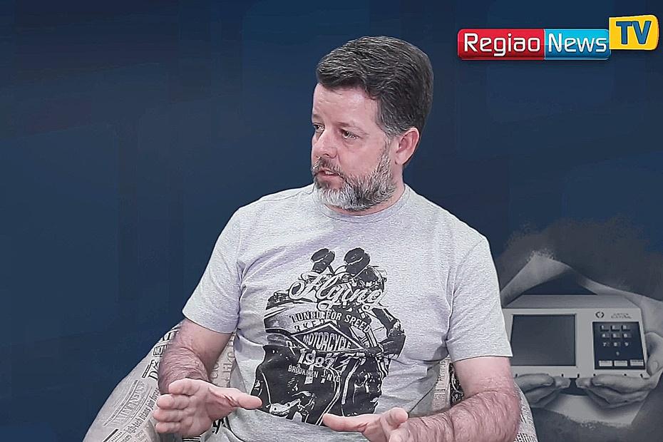 "Prefeito será convidado a deixar PSL"", diz pré-candidato Struck"