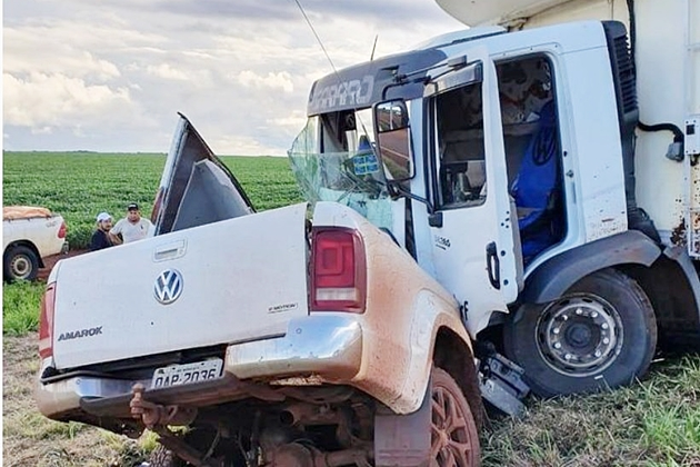 Produtor que morreu em acidente mexia no celular, diz testemunha