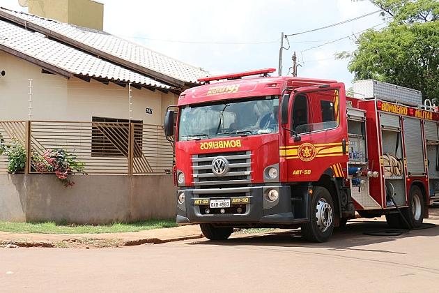 Princípio de incêndio em residência mobiliza Bombeiros no São Bento