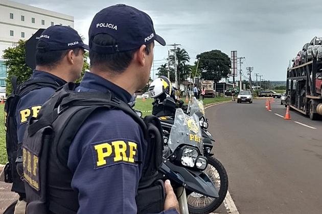 PRF inicia operação de feriado intensificando fiscalização nas rodovias