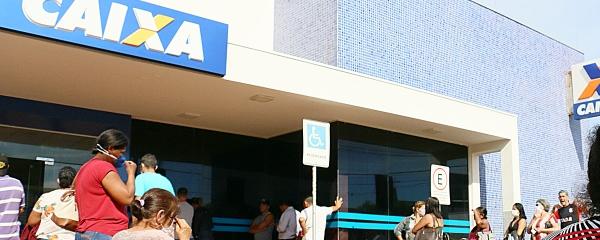 Caixa abre sábado às 8 horas para saque de auxílio emergencial em Sidrolândia
