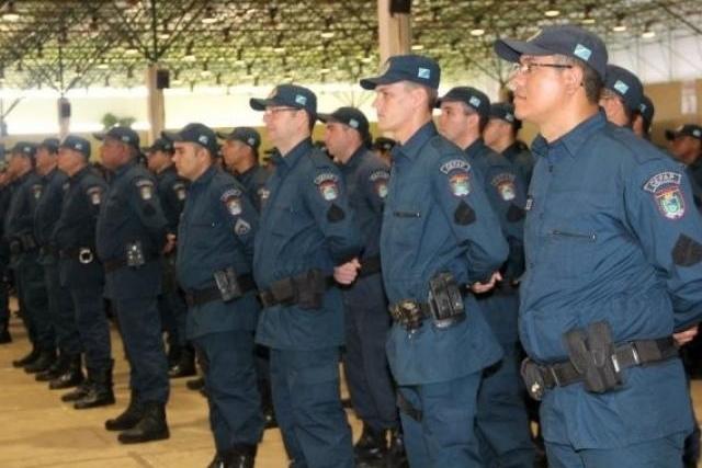 Projeto prevê capacitação de policiais e bombeiros em curso de Libras