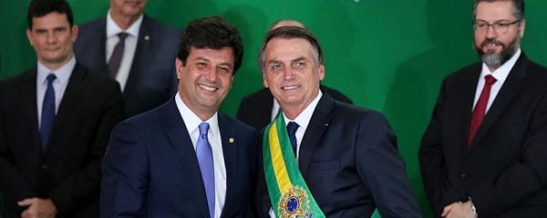 Mandetta deve rejeitar proposta de isolamento vertical de Bolsonaro para contenção de pandemia