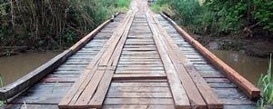Ponte sobre o rio Buriti passa por reparos após Seara ameaçar demitir trabalhadores de Dois Irmãos