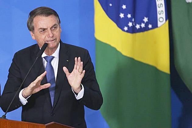 Bolsonaro sanciona MP da liberdade econômica em primeiro ato após cirurgia