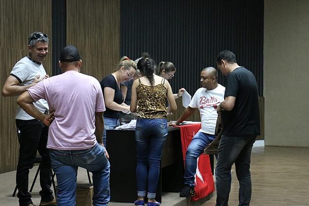 Com participação de 31% dos filiados, chapa da situação vence por 204 a 38 eleição do PT