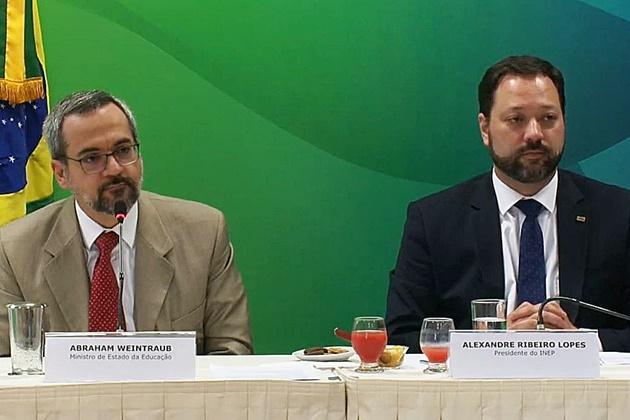 Enem 2019 não terá foco em questões ideológicas, diz ministro da Educação