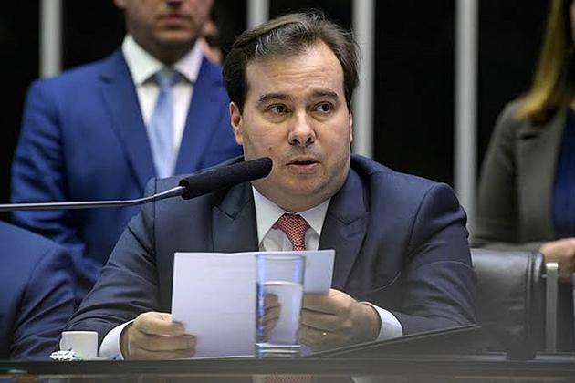 Rodrigo Maia anuncia pacote com propostas de combate à desigualdade e à pobreza