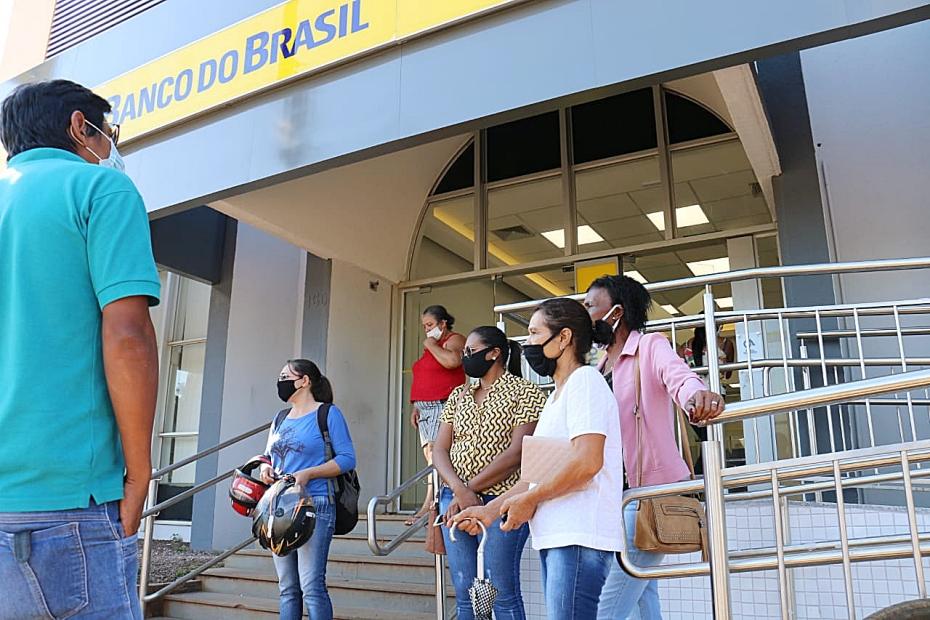 Correntistas reclamam da demora por atendimento no Banco do Brasil