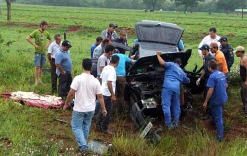 Pai de compositor sertanejo morre em acidente de carro na BR-060
