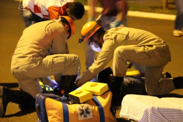 Motociclista bate a cabeça e condutor é preso em flagrante no 1º acidente após toque de recolher