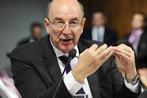 Até maio, benefícios do Bolsa Família serão reajustados, afirma ministro