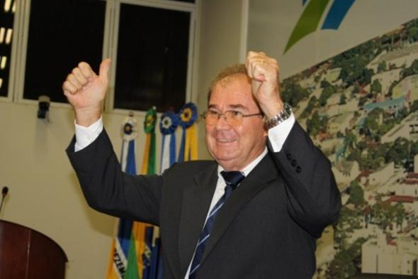Idenor Machado é o novo presidente da Câmara de Dourados
