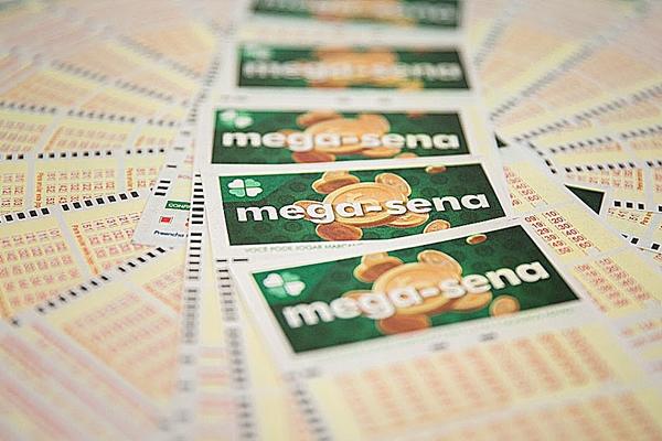 Mega-Sena pode pagar R$ 6 milhões nesta quarta-feira