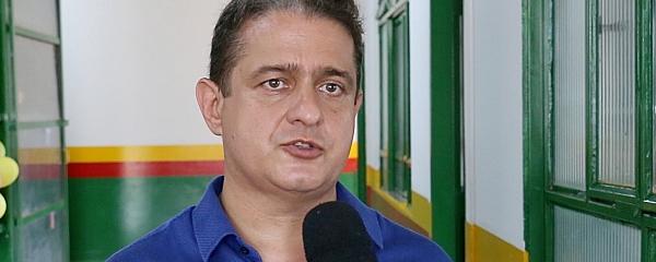 Prefeito Marcelo Ascoli repudia invasão do prédio da Prefeitura