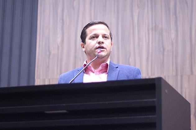 Carlos Henrique cobra relatório do Previlândia sobre diárias pagas a diretores