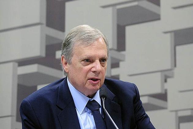 Relator apresenta parecer da reforma da Previdência na CCJ do Senado