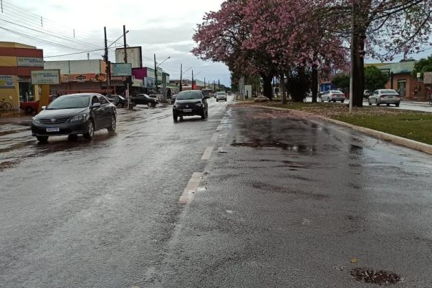 Terça-feira amanhece com chuva em Sidrolândia e alerta de tempestade para MS