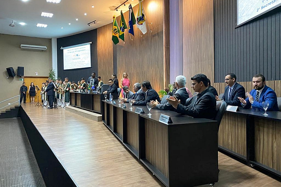 Sessão solene abre trabalho legislativo do ano de 2020 na Câmara Municipal