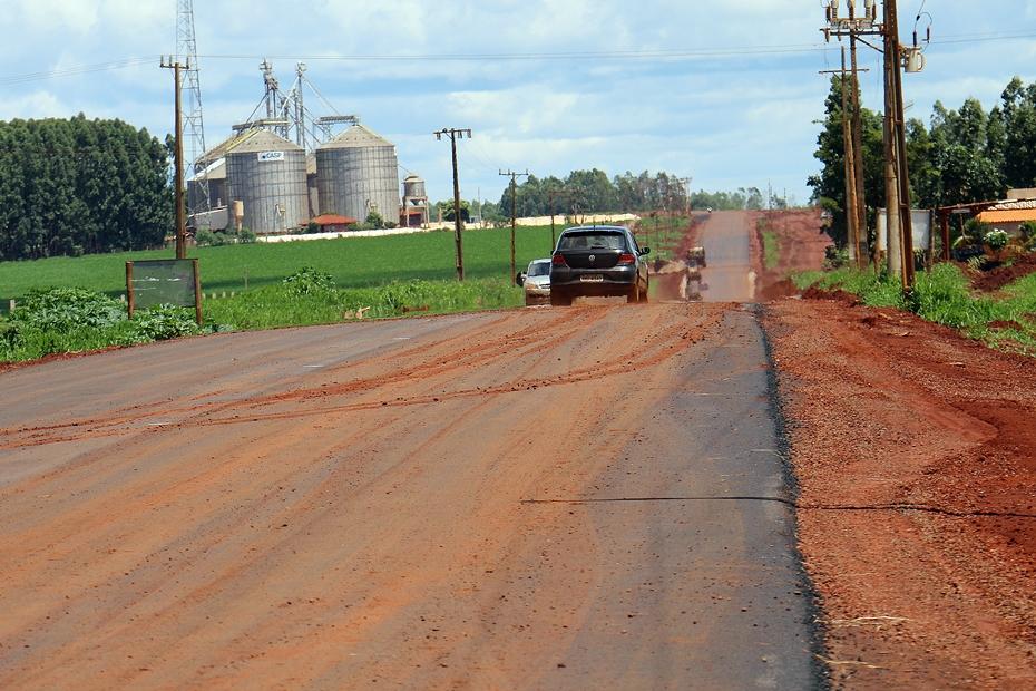Após três anos e 5 meses de obra, asfalto da MS-258 chega ao Capão Seco