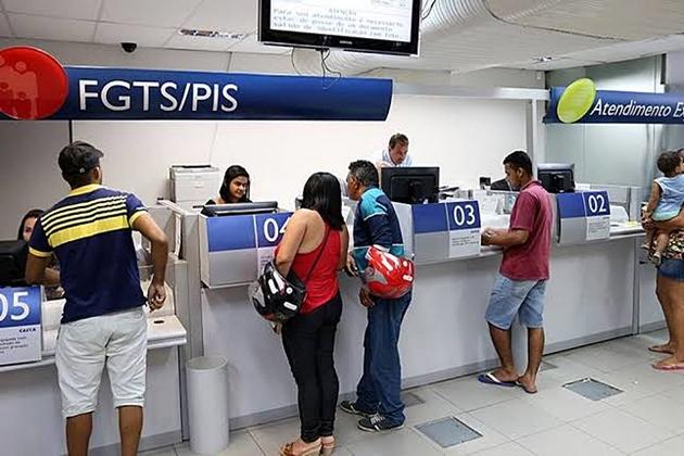 FGTS: saques de até R$ 500 para não correntistas da Caixa nascidos em junho e julho começam nesta sexta