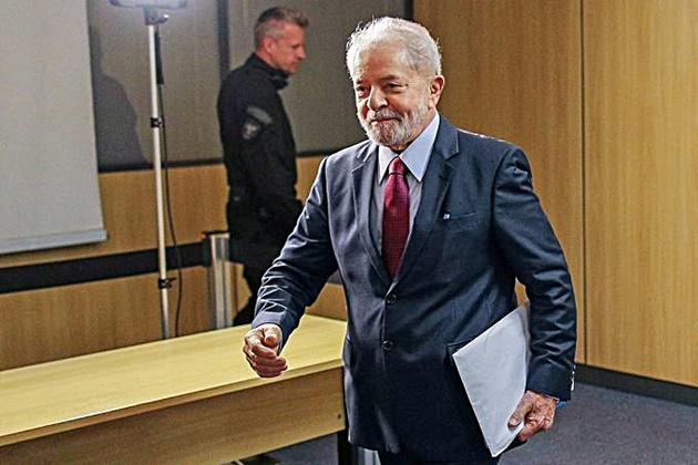 Lula é o principal nome da esquerda contra Bolsonaro em 2022