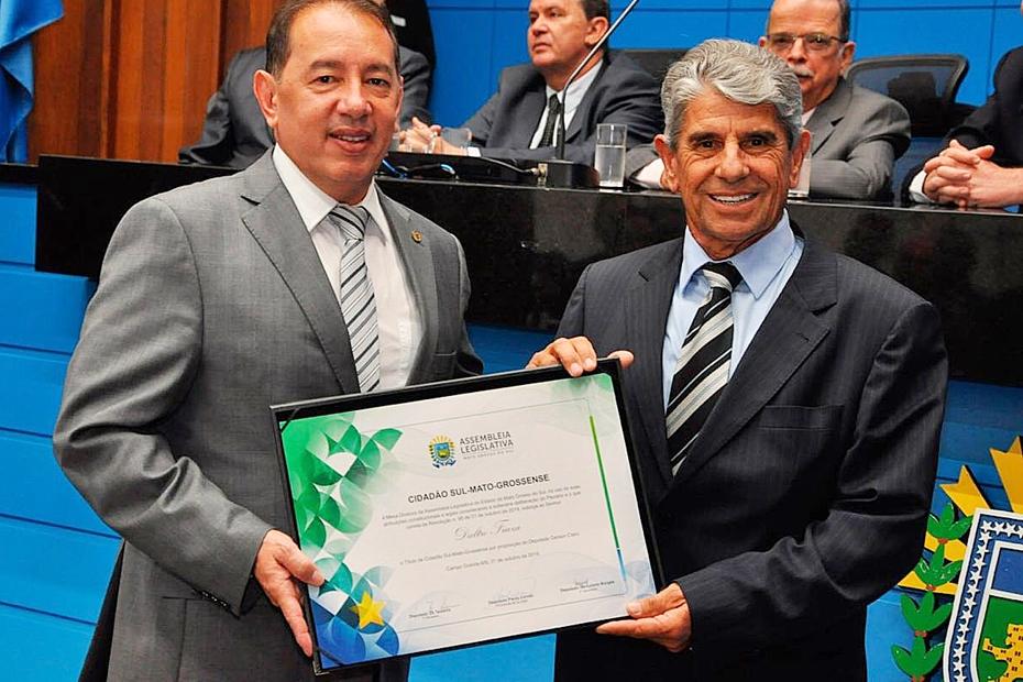 Daltro recebe título com outras 45 personalidades homenageadas nos 40 anos da Assembleia
