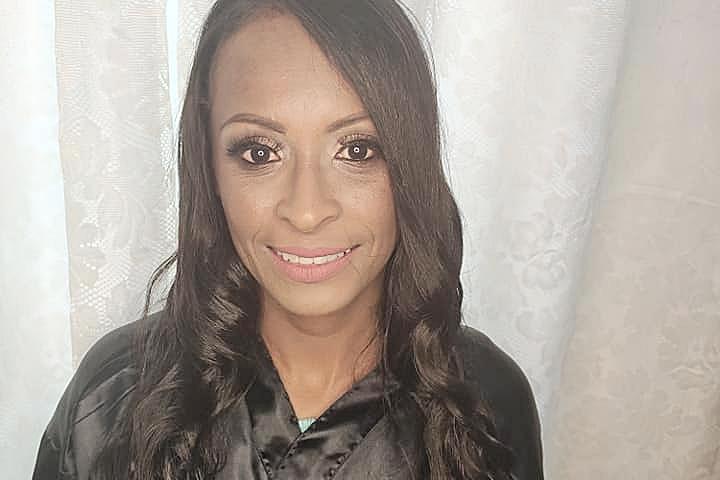 Mulher foi assassinada na frente da filha de 16 anos; autor toma remédio controlado