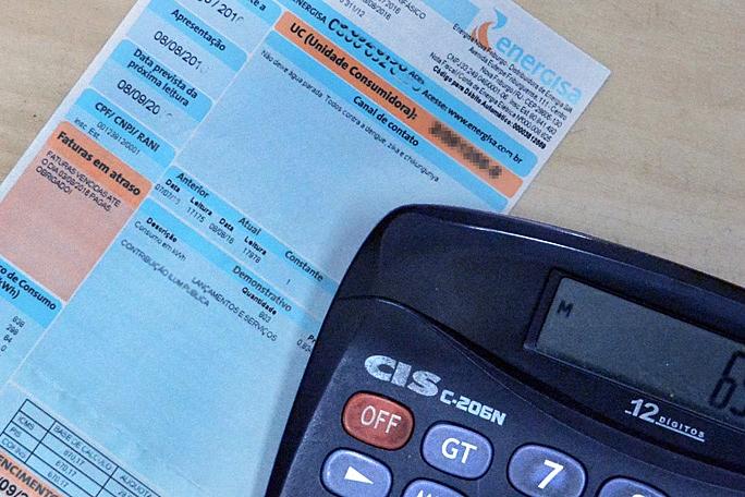 Consumidores pagarão R$ 20,1 bilhões nas contas de luz em 2020 para bancar subsídios