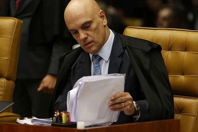 Ministro do STF manda governo divulgar dados totais de covid-19
