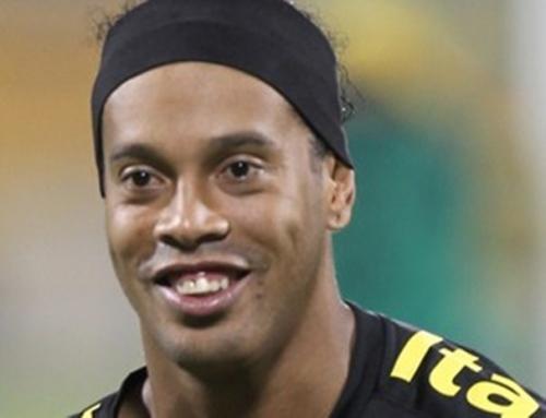 Ronaldinho Gaúcho é o novo reforço do Flamengo