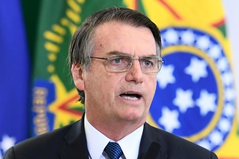 Bolsonaro diz a garimpeiros que pretende passar lavra de garimpos para a pasta de Minas e Energia