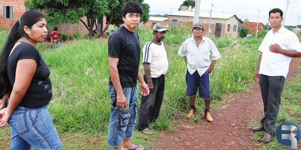 Abandonados, moradores do JD Petrópolis solicitam melhorias
